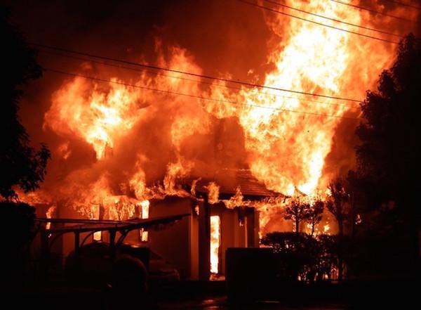 「感震ブレーカー」で地震の火災から家を守る