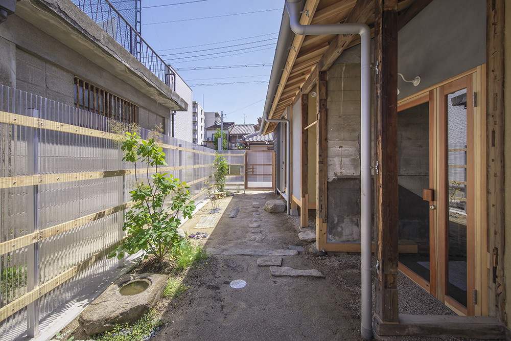 """ここなら住んでみたい!空き家を再生した平成の""""進化形長屋""""の魅力"""