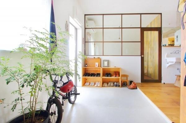玄関インテリアコレクション- 住む人の個性を映し出す -