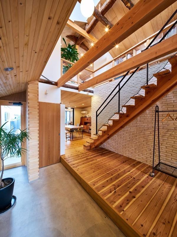 玄関 広い ゆとりを持って暮らせる。広い玄関の賃貸物件