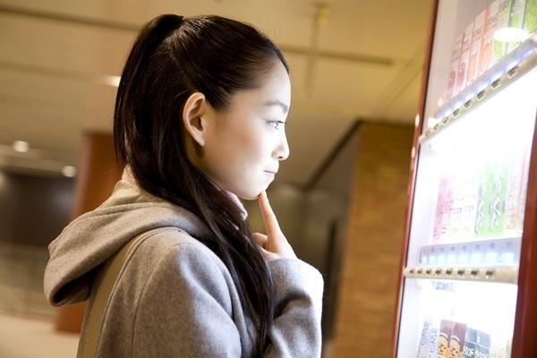 マンションに設置された自動販売機のジュースは、なぜ安いのか? 調べてみた