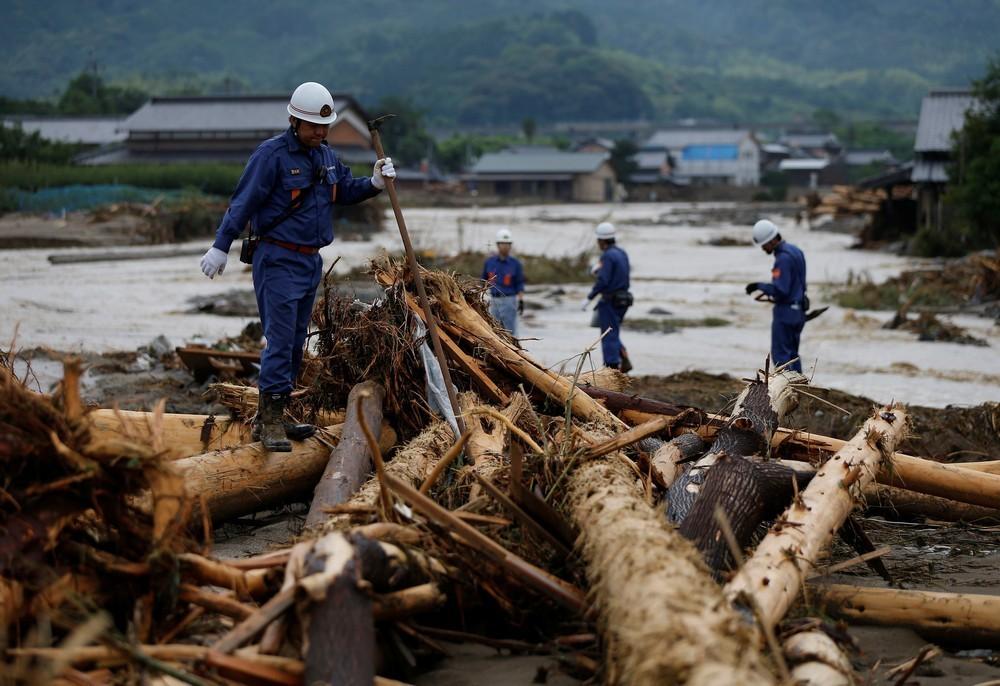 豪雨・土砂災害―住宅損壊などで受けられる公的支援金とは?