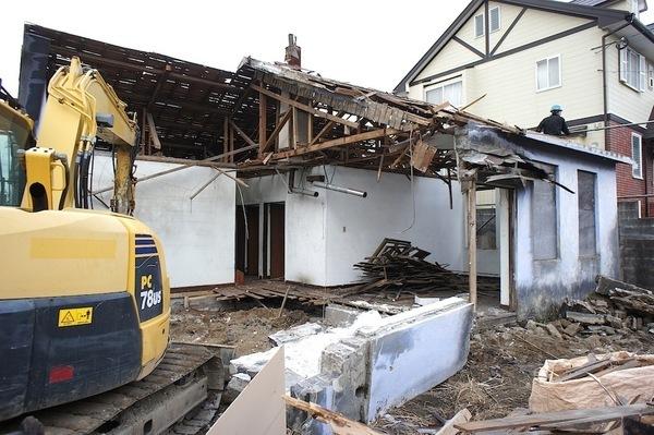 平屋住人のリユース術(1)解体平屋に残されたビンテージ建具の再利用