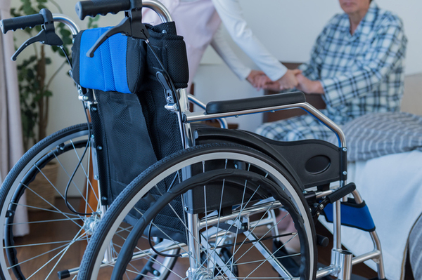 車椅子での外出がラクになる「玄関まわり」の改善法とは?
