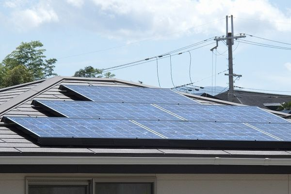 太陽光発電は売電から蓄電に。売電期間が終了したらどうすればいい?