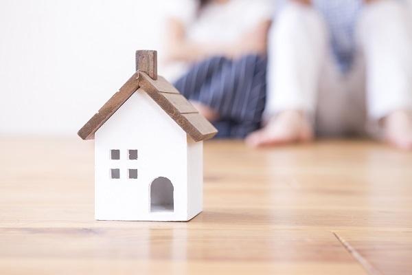 家や土地を売る際、媒介契約締結前に確認すべきこと