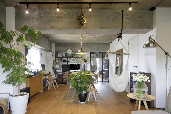 アパレルショップのような玄関土間で見せる収納を楽しめる家