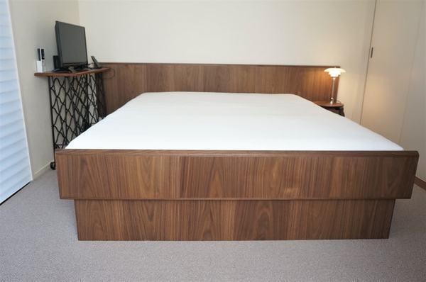 ベッドをオーダーで作ったら…想像以上に快適!価格や納期は?