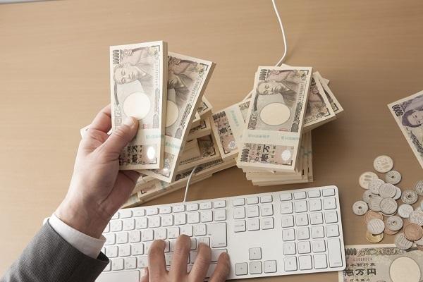 なぜ不動産営業は、年収1000万円超を狙えるのか?