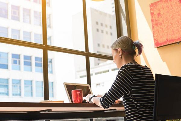 20・30代シングル女性のマンション購入が増加 年収300万円を超えると検討