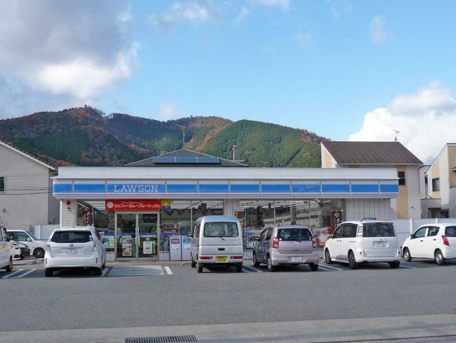 コンビニ ローソン山崎城下店