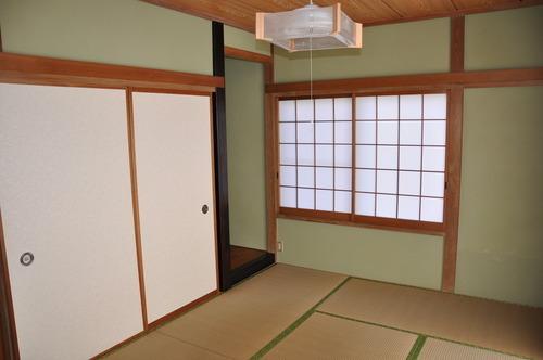 床の間が付いたゆとりの和室