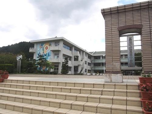 中学校 亘理中学校 徒歩23分(約1800m)