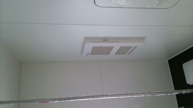 同仕様写真(内観) 浴室の暖房乾燥機がある場合はこんな感じです。(参考例です)