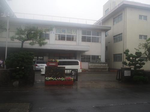 中学校 泉中学校