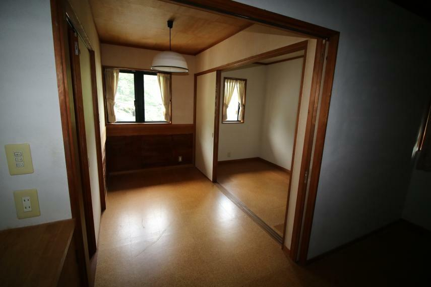 ウォークインクローゼット 2階書斎/クローゼット