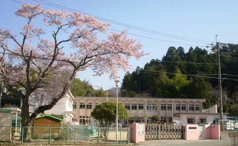 幼稚園・保育園 豊能町立吉川保育所