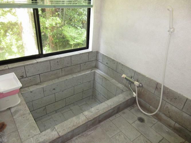 浴室 伊豆石の浴室