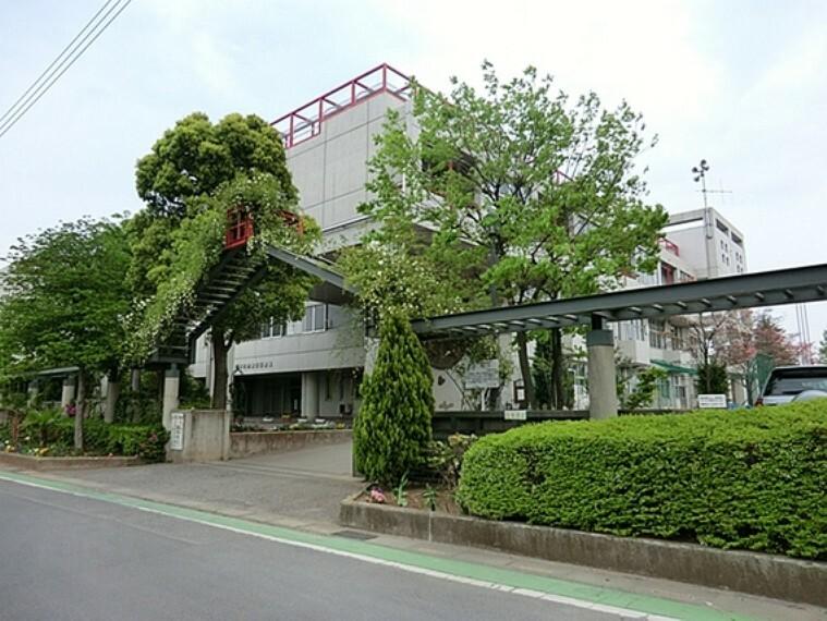 小学校 川口市立戸塚北小学校 徒歩10分(約800m)