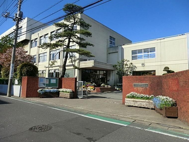 中学校 川口市立戸塚中学校 徒歩30分(約2400m)