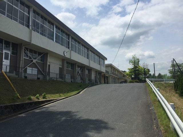 中学校 市立坂本中学校