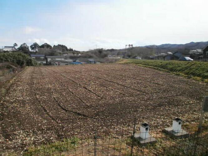 現況写真 JR常磐線「亘理」駅利用の売地のご紹介です。