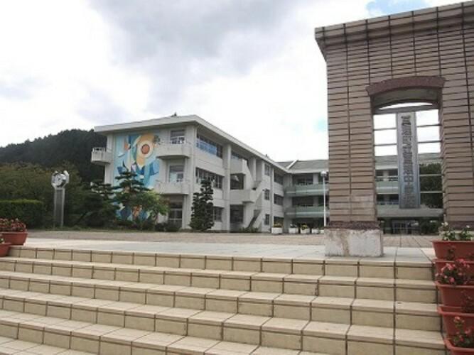 中学校 亘理中学校 徒歩14分(約1100m)