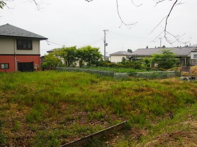 現況写真 ゆとりの敷地面積がありますので、広いお庭やゆったり間取りの建物など、夢が広がりますね。