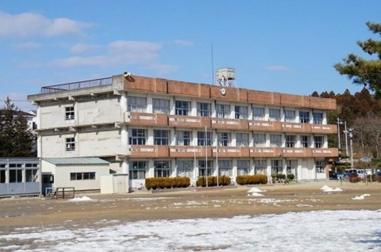 小学校 吉田小学校 徒歩18分(約1400m)