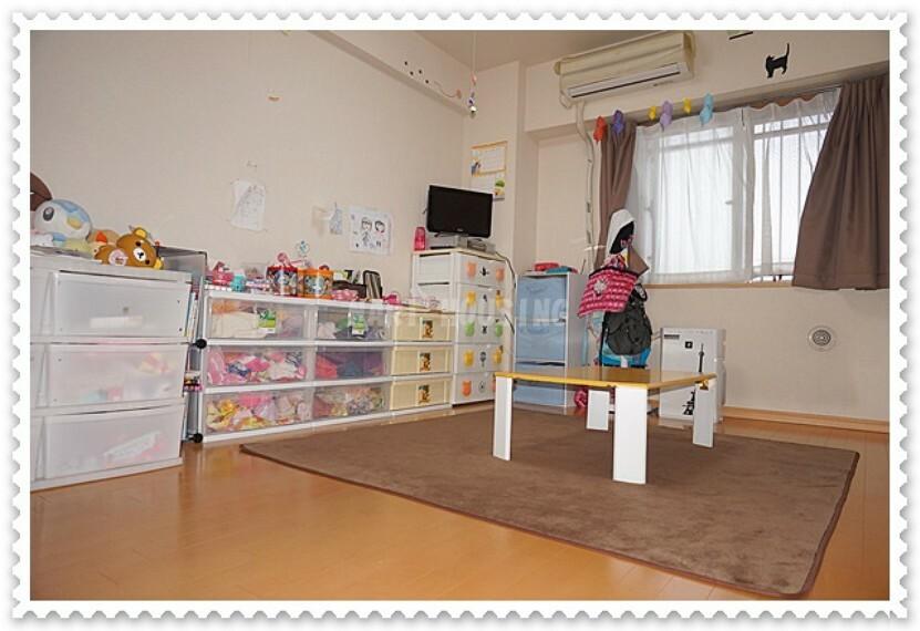 洋室 個人の部屋や寝室として使える洋室です!