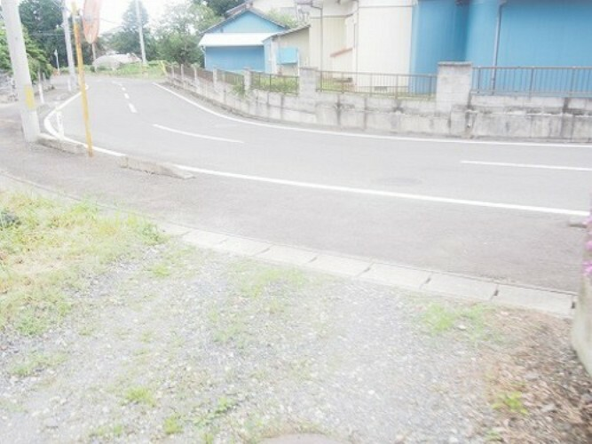 現況写真 歩道も整備されており、安心して通行できます。