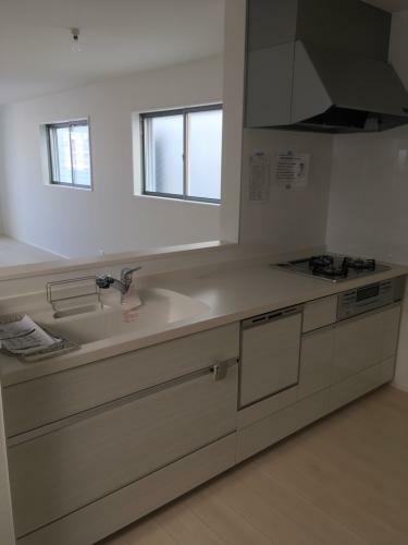 キッチン イメージ写真(LIXIL仕様、食洗機あり) ○カフェスタイルキッチン