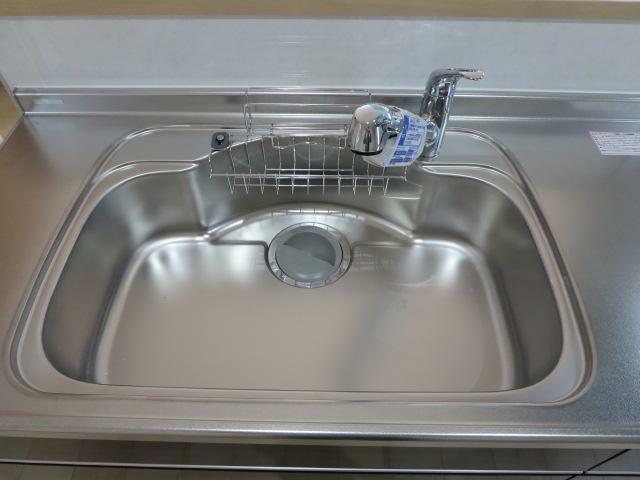 ステンレス製・浄水器付蛇口一体型