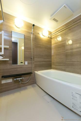 浴室 バスルーム *同タイプ写真(現状優先・一部仕様は実際と異なります)