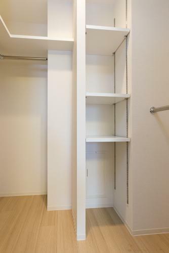 収納 洋室(1) 約6.5帖 ウォークインクローゼット *同タイプ写真(現状優先・一部仕様は実際と異なります)