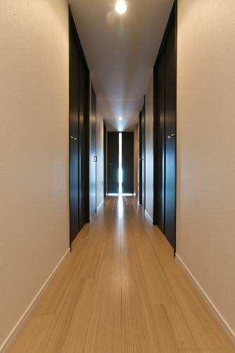 廊下 *同タイプ写真(現状優先・一部仕様は実際と異なります)
