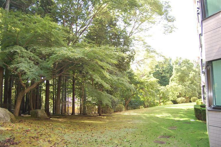 外観写真 緑の散策路があります