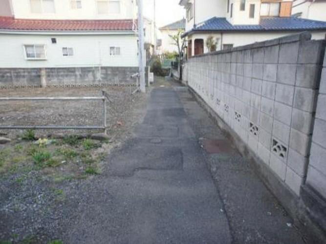 現況写真 「北高崎」駅より徒歩約4分の立地です。
