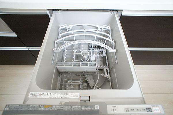 同仕様写真(内観) 食洗器があると、食べた後の洗い物がかなり楽になりますね!(参考例です)