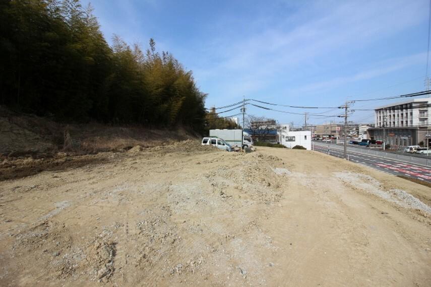 外観・現況 東側 公道約25.0m 北側 公道約3.0m