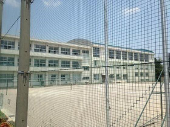 中学校 赤坂中学校
