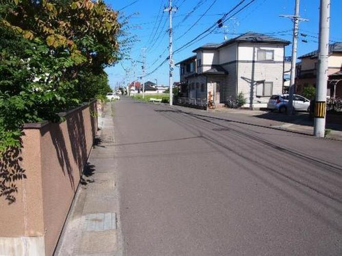 「亘理」駅徒歩圏内です。