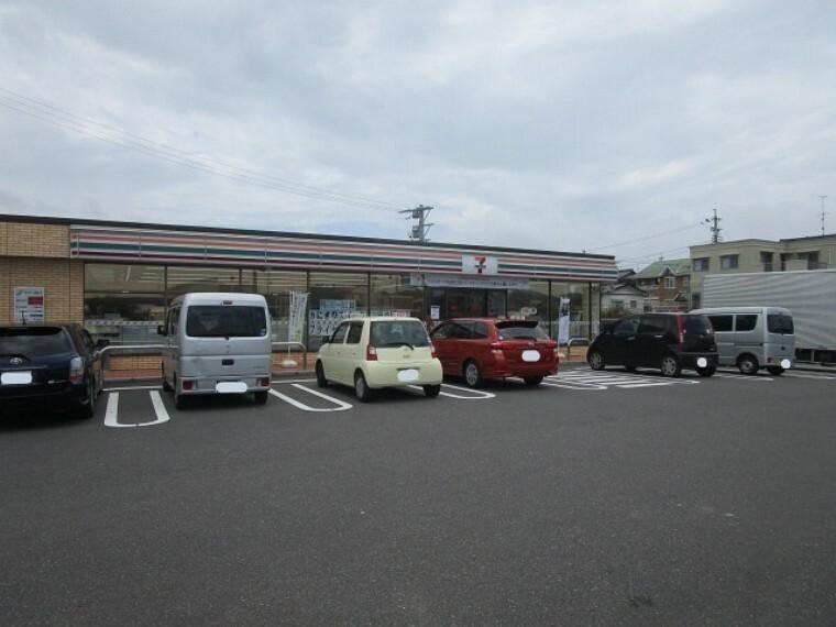コンビニ セブンイレブン 一宮大和町南高井店