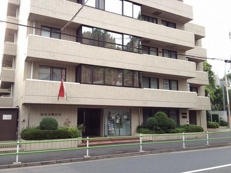 【その他】ハンガリー大使館まで409m