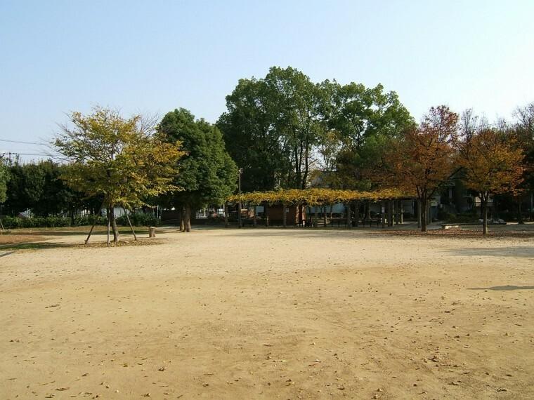 公園 【公園】長洲公園まで593m