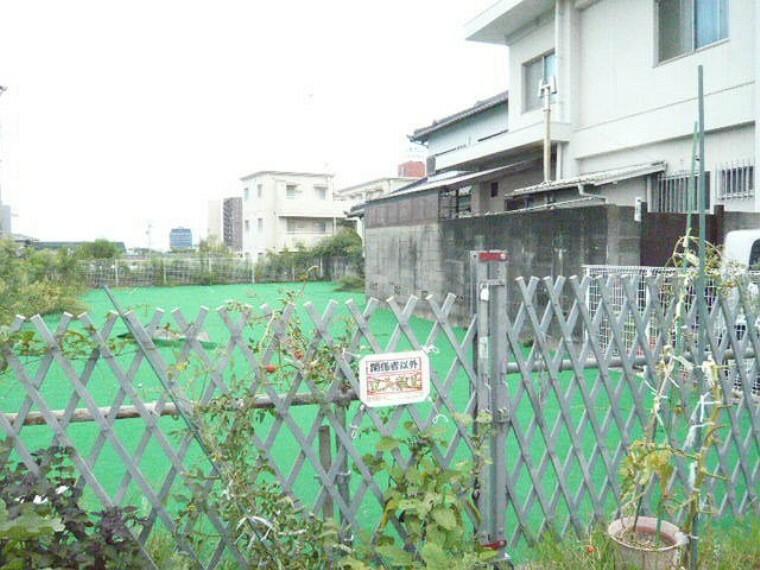 外観・現況 雁宿小学校まで徒歩7分(約550m)