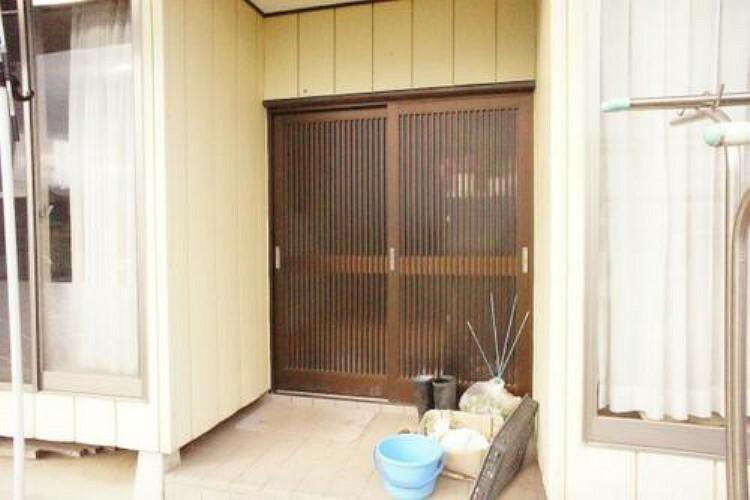 玄関 玄関です。開放感ある佇まいで皆様の暮らしを満たしてくれますね。