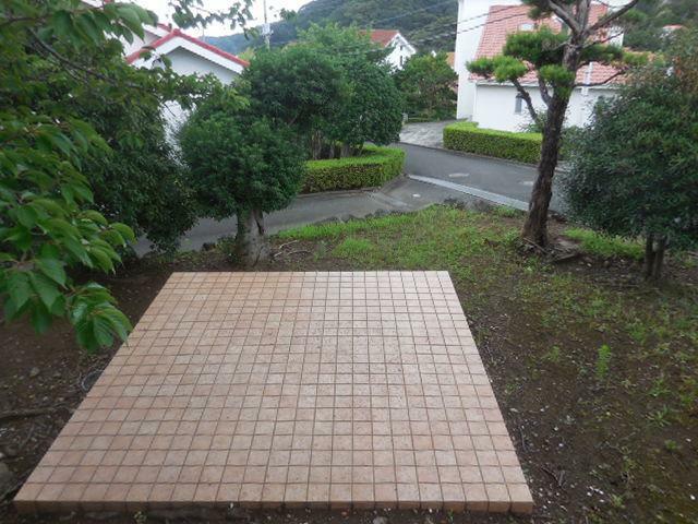 庭 庭のBBQコーナー