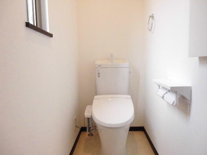 トイレ 1階2階共にトイレあり