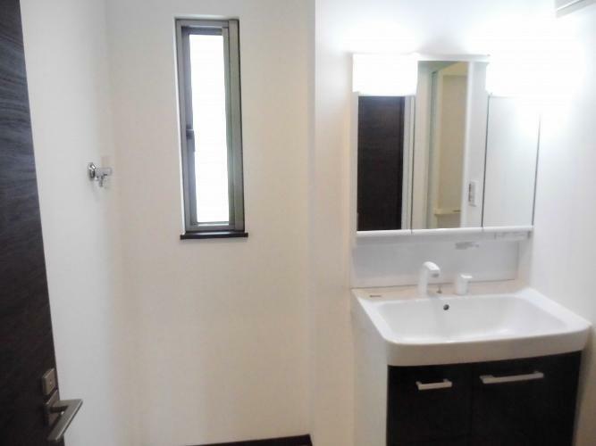 ランドリースペース 1階洗面スペース